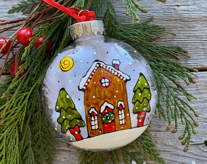 Christmas ball ornement Hand painted gingerbread house
