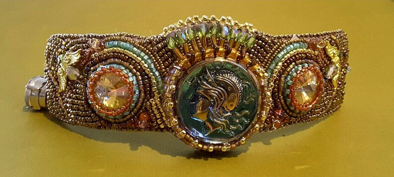 Winged Victory Cuff image 0