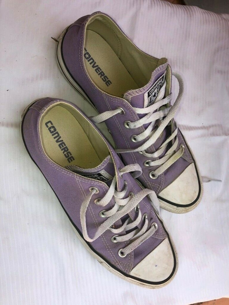Low Top Chuck Tailors in different colors