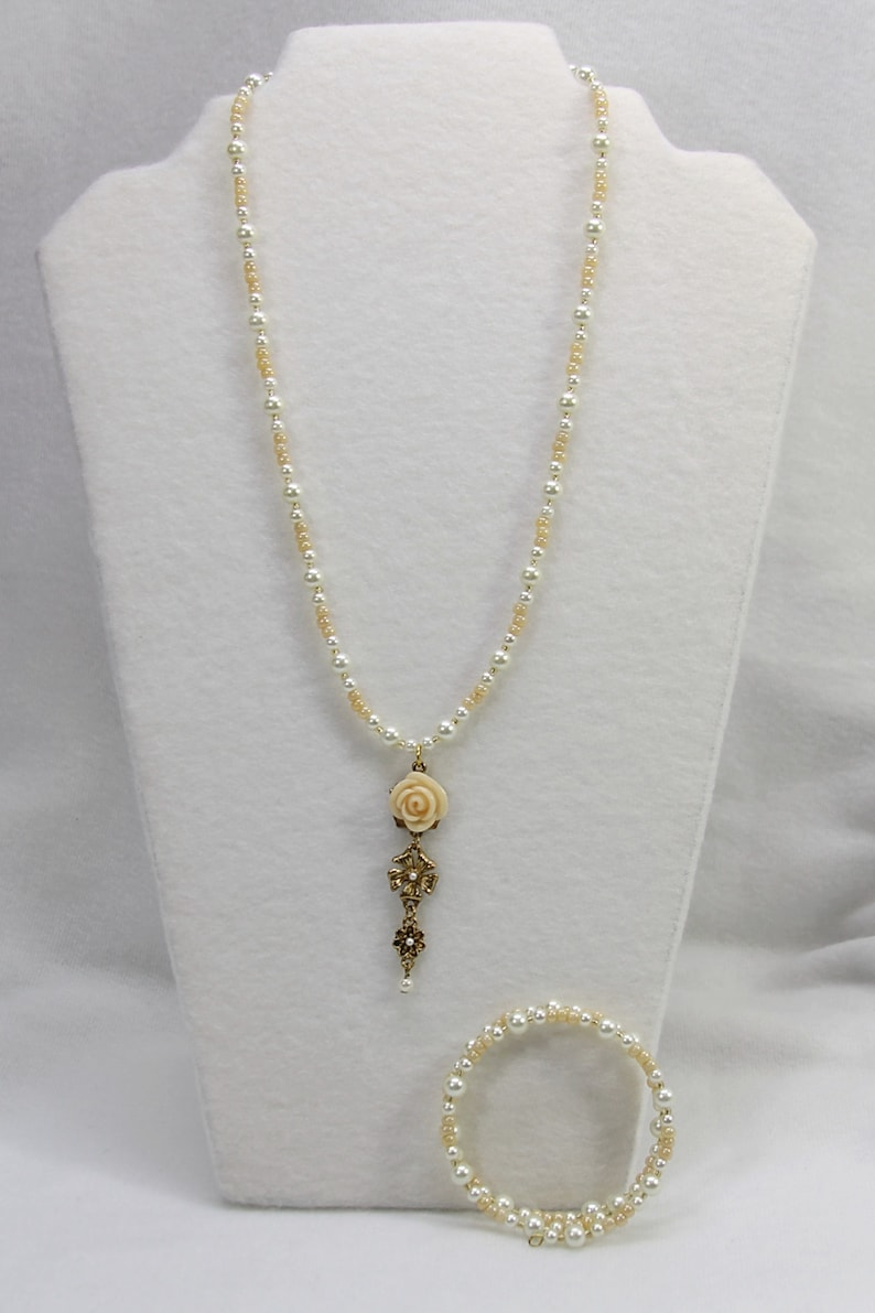 OOAK Jewelry Beautiful Antique White Rose on Antique Gold Pendant Necklace 2pc Set with Double Wrap Memory Wire Bracelet