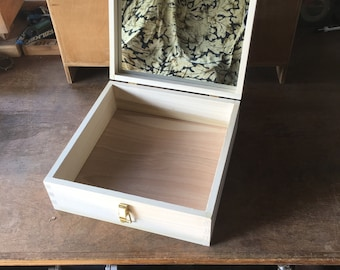 Coronet /Vanity/Jewelry Box with Mirror