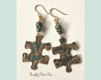 Southwest style brass earrings | embossed brass puzzle piece with turquoise accent beads | gold ear wires
