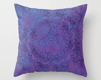 Violet Mandala Pattern Pillow Case from 100% Polyester with Pillow Insert