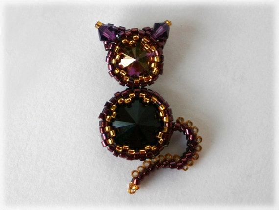 Kitty pendant beading TUTORIAL
