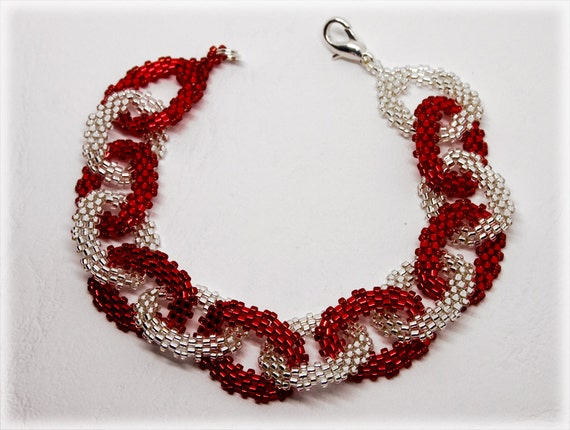 Laecy bracelet beading TUTORIAL
