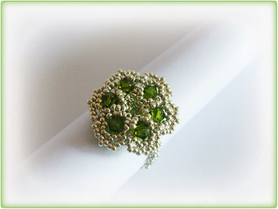 Green Flower ring beading TUTORIAL