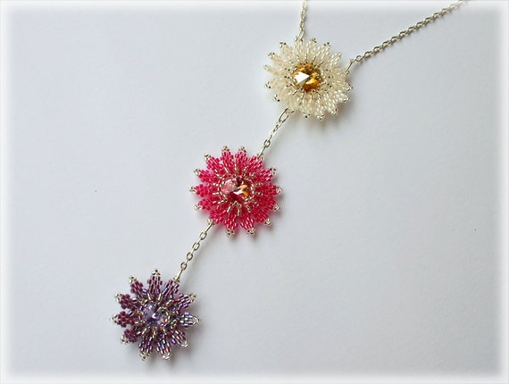 Daisy pendants beading TUTORIAL