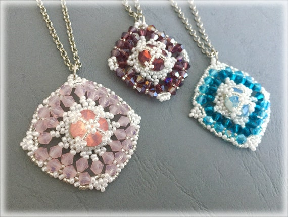 MatRivoli pendants beading TUTORIAL