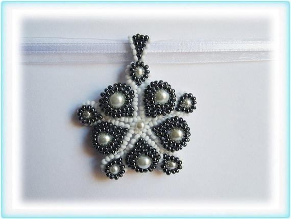 Hungarian motif beading TUTORIAL