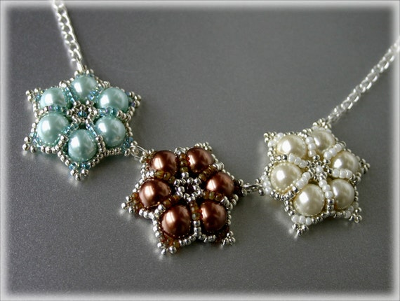 Cream pendants beading TUTORIAL