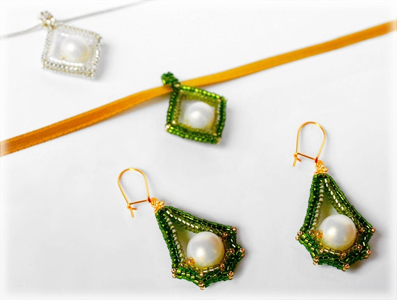 Corners pendant set beading TUTORIAL