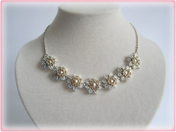 Edelweiss necklace beading TUTORIAL
