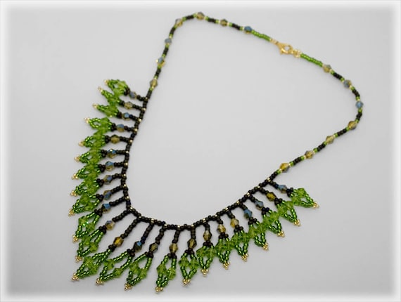 Boughly necklaces beading TUTORIAL