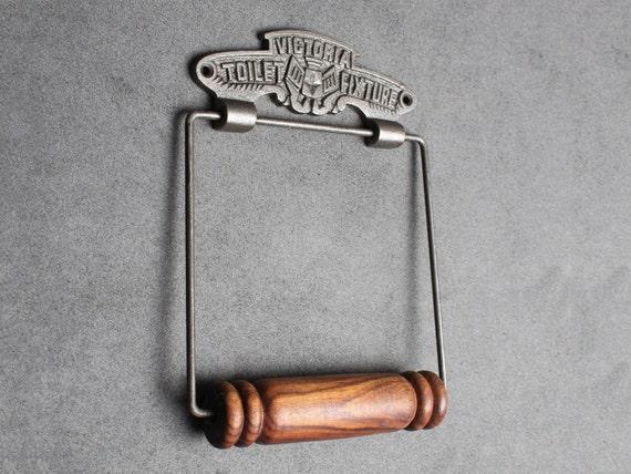 Rustiek Vintage Badkamer : Vintage gietijzeren wc rol houder oude victoriaanse antieke etsy