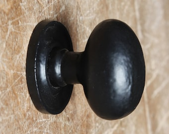 Cast Iron Cupboard Knobs Black Antique Style ~ Cabinet Drawer Door Knobs Handles Kitchen Rustic Traditional - 32mm Oval - Fullbrook (7119)