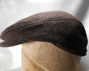 2f3bc2a8b2b Brown Wool Driving Cap Newsboy Cap Man flat cap leather adjustable strap hat  with buckle