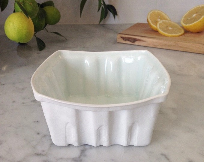 Featured listing image: Heritage Edition White Porcelain Berry Basket- Large