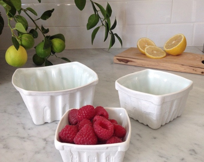 Featured listing image: Heritage Edition White Porcelain Berry Basket- Set of 3 (Lg,Md,Sm)