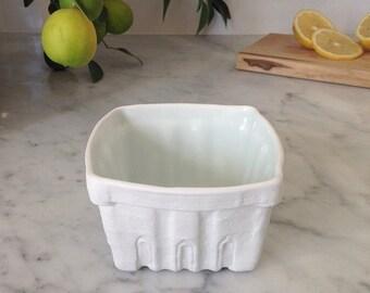 Heritage Edition White Porcelain Berry Basket- Medium