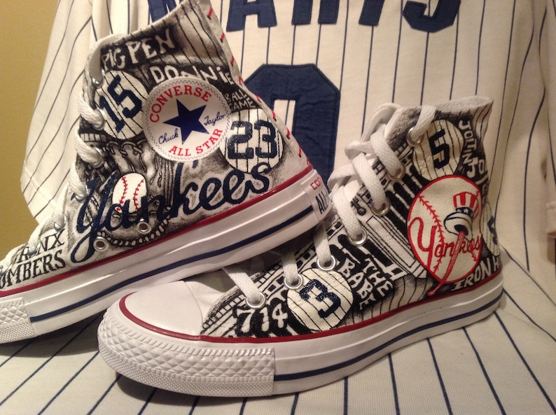 094fa30377000 New York Yankees Converse Custom Shoes