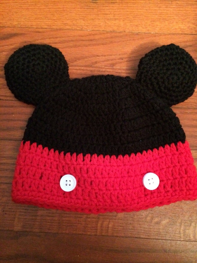 84c73ca1f67 Mickey Mouse Beanie Hat