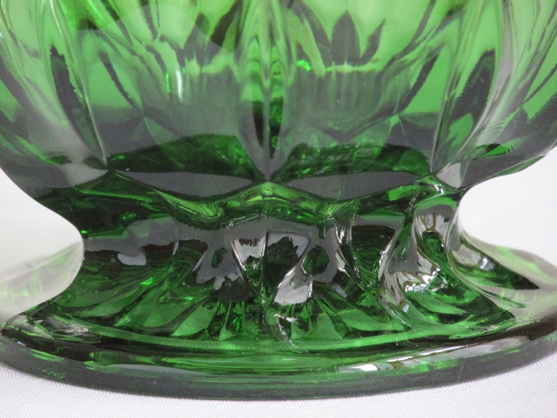 Brilliant Emerald Green Anchor Hocking Fairfield Footed Candy Bowl a Versatile Catchall Container that Could Double as Great Vase