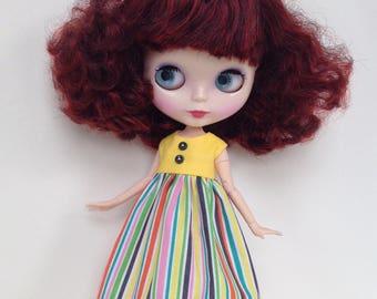 Sleeveless summer dress for Blythe doll
