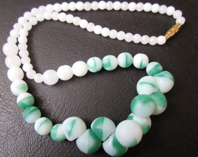 Vintage Fluorite Beads.Vintage Jewelry.Vintage Beaded Necklace.