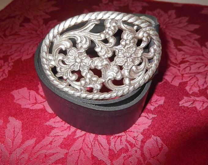 "Original Vintage English Genuine Leather Belt ""Tom Wolfe"" Size S/M  Made In England"