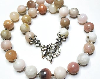 New Vintage Pink Natural Opal Beads.Vintage Jewelry.Vintage Beaded Necklace.