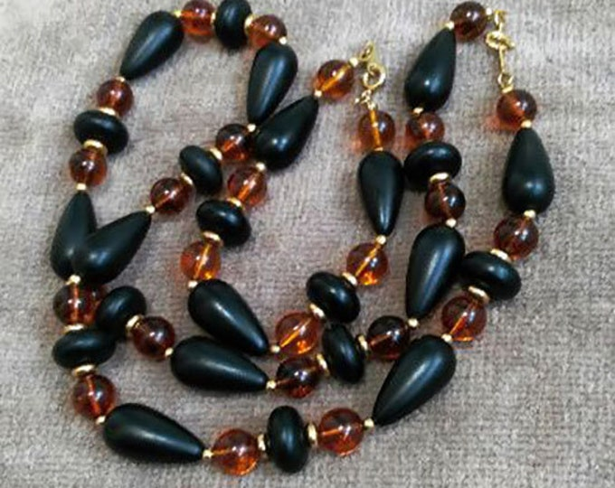 Bijouterie. Vintage Russian Soviet Set Of Beads And Bracelet.Vintage Jewelry.Vintage Beaded Necklace.USSR