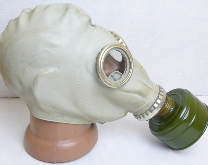 Russian Army Military Soviet Rubber Grey Gas Mask GP-5 with Filter Bag