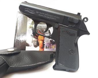 New Souvenir Jet Flame Pistol Gun Metal Gas Lighter Walther PP With Holster
