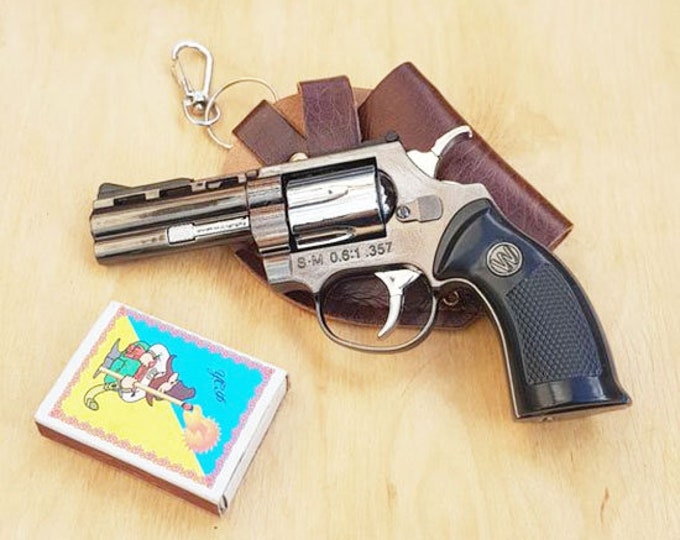 Souvenir Jet Flame Pistol Gun Metal Gas Lighter Colt With Holster