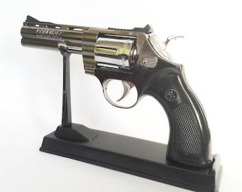 Souvenir Jet Flame Pistol Gun Metal Gas Lighter Revolver With Stand