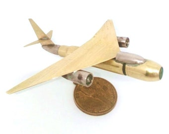 Trench Art Douglas B-66 Destroyer Light Bomber Aircraft Shells Cartridges Toy