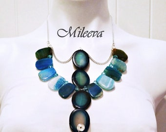 Mystique Natural Agate Abstract Necklace