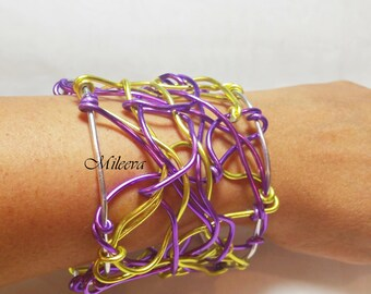 Chaos Abstract Wire Cuff