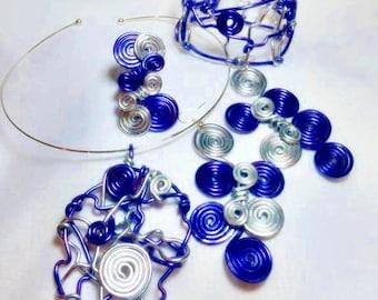 Spiral Craze 4 piece Abstract Set