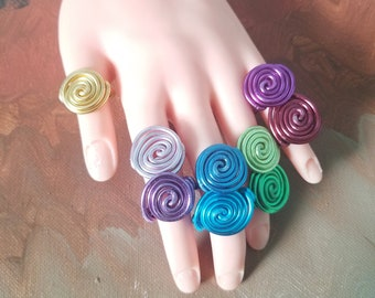 Simple Spiral Wire Rings.