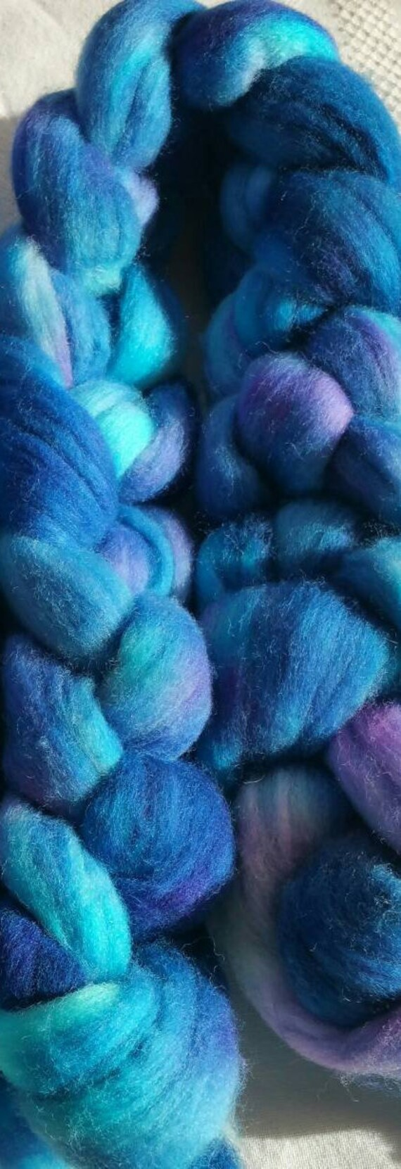 "BFL wool roving for spinning or felting ""noumea2"" for arts, textile, quilt in"