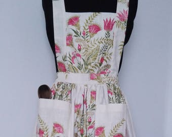 Harlequin Suri Floral fabric full length 1950's Retro style Apron with large pockets and tie back
