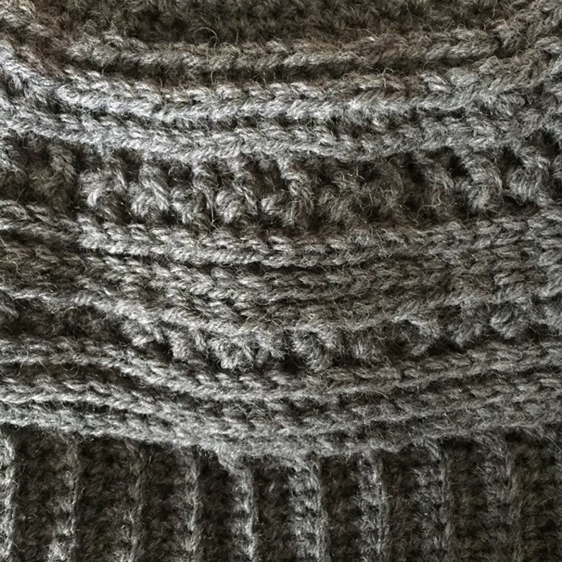 Charcoal men/'swomen/'s crochet winter beanie hat