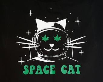 SPACE CAT / Potronaut (Men's/Unisex) T-Shirt.