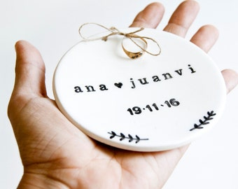 Custom ceramic jewelry ring dish for weddings, Custom engagement ring dish ,Personalized jewelry dish, Custom ring holder, Ring dish wedding