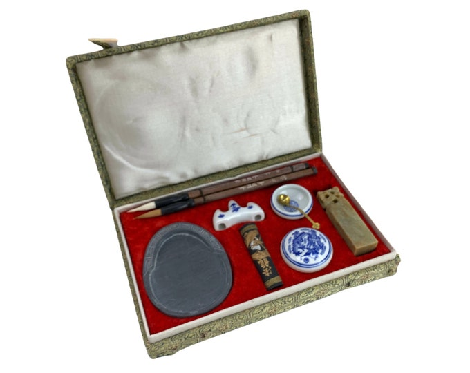 Traditional Chinese Caligraphy Set