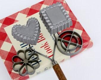 Vintage Rosette Iron Set-Scandinavian-Nordic Christmas-Nordicware-Baking Molds-Housewares-Christmas Cookies-Antique Kitchens-Baking Tools