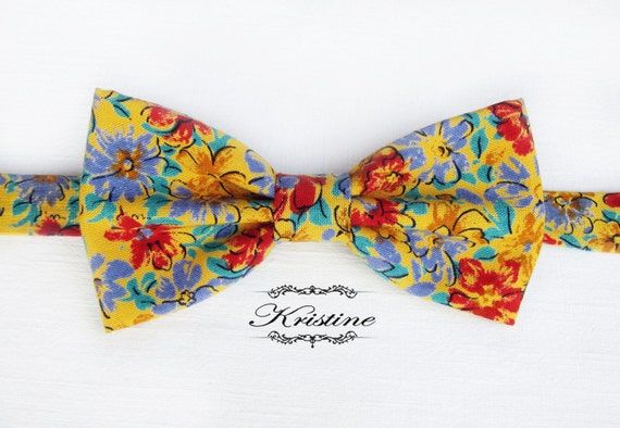 b973e1fe95bf Men's floral bow tie. Yellow printed cotton bow tie. Red   Etsy