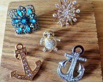 Rhinestone encrusted pin badges gold star/silver anchor/gold anchor/turtle/filigree square