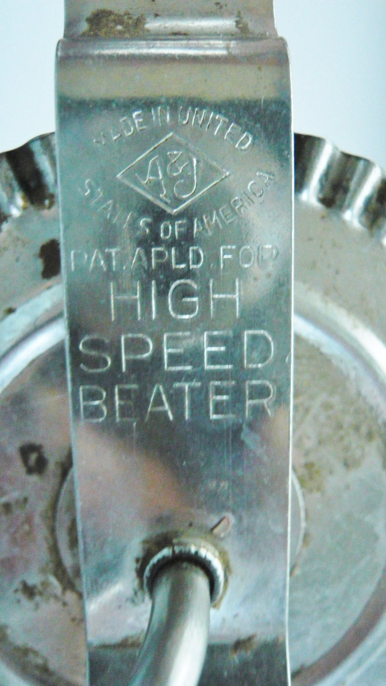 Vintage Egg Beater A /& J Manufacturing Company Hand Mixer Kitchen Tool From The 1920/'s Utensil